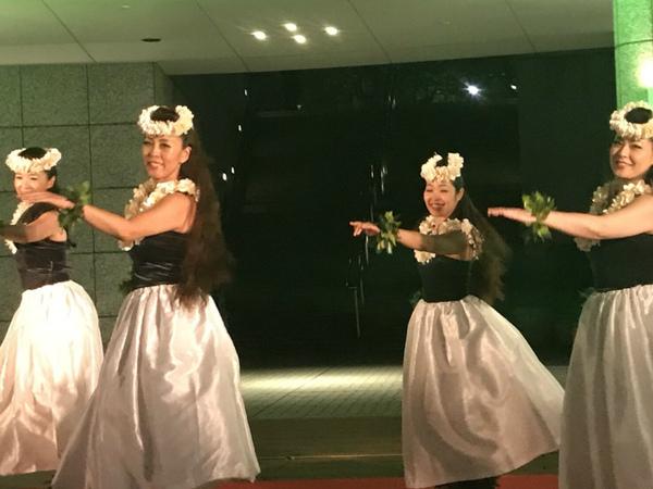 カフェカイラ渋谷 2019.6.6 19:00〜&20:00〜の2ステージ 応援📣お待ちしております💓 makalapua&yuliのperformanceをお楽しみくださいませ🌴🏖🏝🌺🎼🍹🍻
